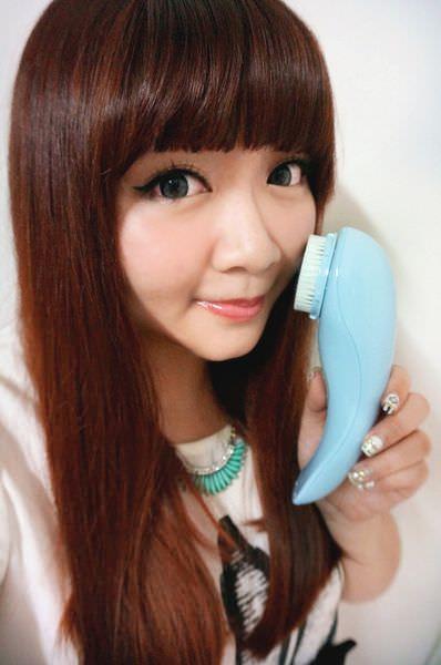 38SAMPO聲寶 洗臉機 音波淨透煥膚潔膚儀PLUS.jpg